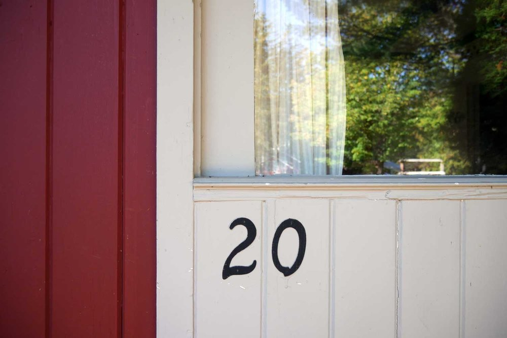 Room 20, Race Cottage