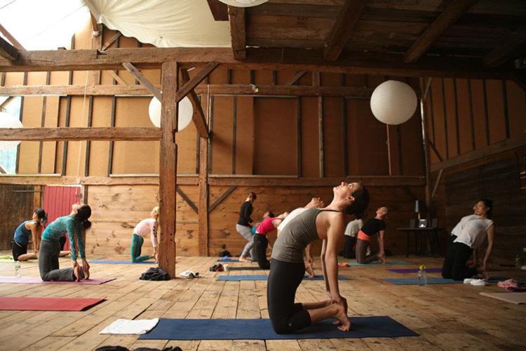 Yoga in Race Brook Barnspace