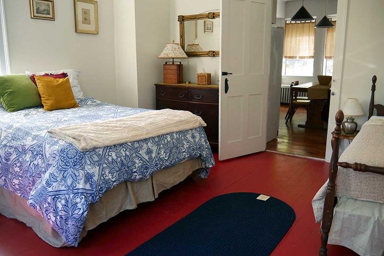 ROOM 26, COACH HOUSE