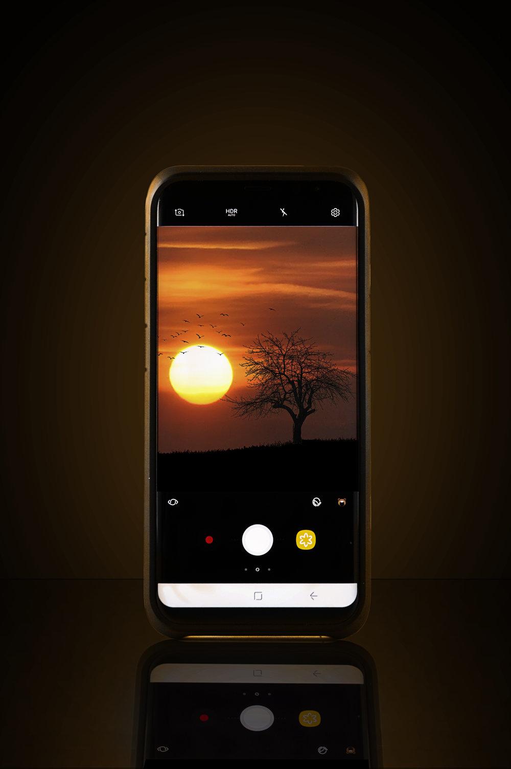phone dark.jpg