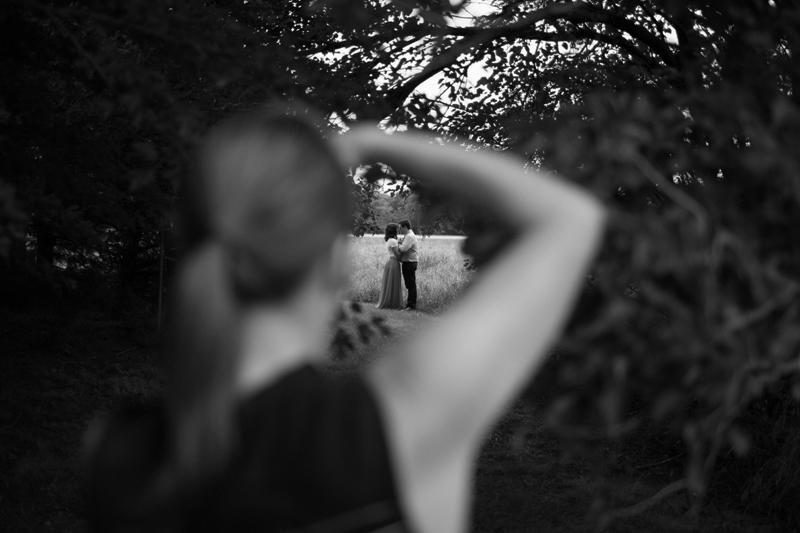 jason_domingues_laura_parke_eric_linebarger_olathe_portrait_session_Heritage_park010
