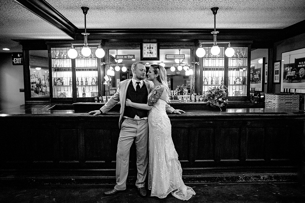 boulevard-brewing-company-kansas-city-missouri-wedding-photographer-jason-domingues-photography-hillary-andrew-blog-0034.jpg