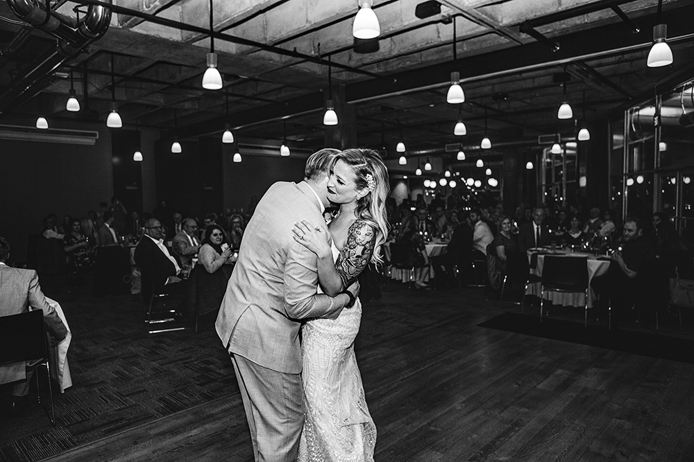 boulevard-brewing-company-kansas-city-missouri-wedding-photographer-jason-domingues-photography-hillary-andrew-blog-0038.jpg