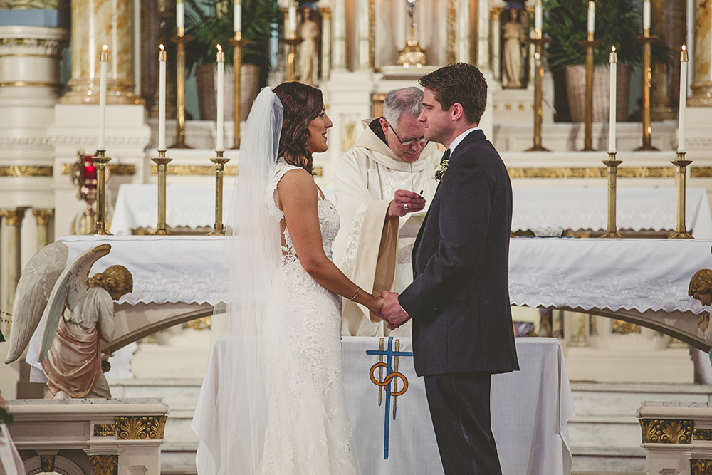Our-Lady-of-Sorrows-President-Hotel-Kansas-City-Mo-missouri-Kc-KCMO-Jason-Domingues-Photography-wedding-photography-photographer-0014.jpg