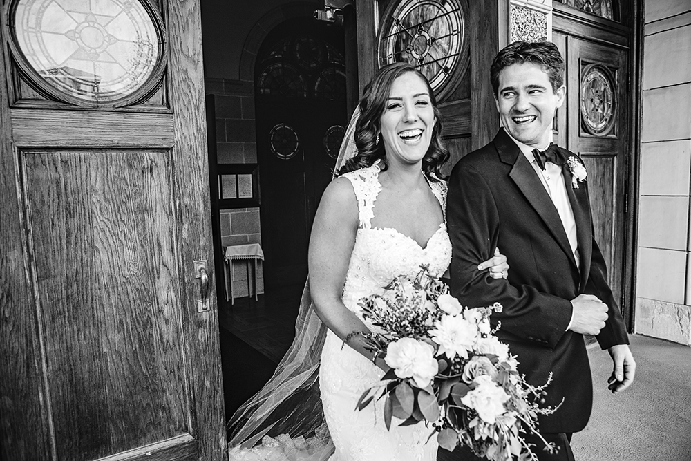 Our-Lady-of-Sorrows-President-Hotel-Kansas-City-Mo-missouri-Kc-KCMO-Jason-Domingues-Photography-wedding-photography-photographer-0019.jpg