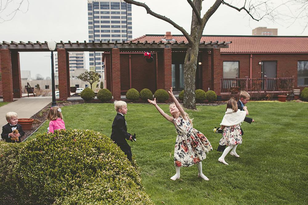 Our-Lady-of-Sorrows-President-Hotel-Kansas-City-Mo-missouri-Kc-KCMO-Jason-Domingues-Photography-wedding-photography-photographer-0020.jpg