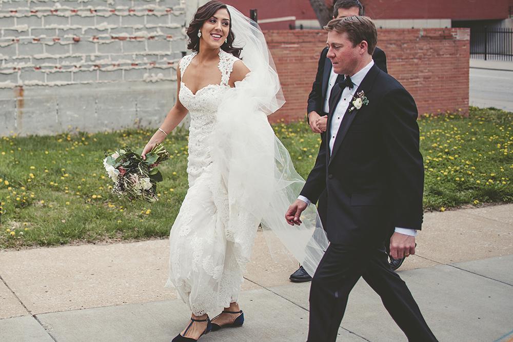 Our-Lady-of-Sorrows-President-Hotel-Kansas-City-Mo-missouri-Kc-KCMO-Jason-Domingues-Photography-wedding-photography-photographer-0025.jpg
