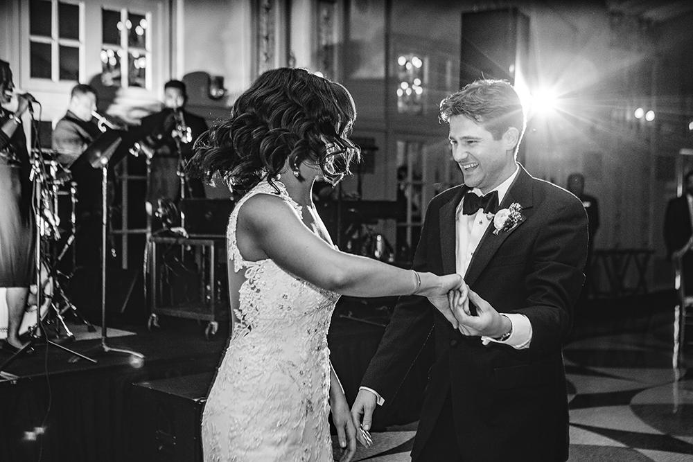 Our-Lady-of-Sorrows-President-Hotel-Kansas-City-Mo-missouri-Kc-KCMO-Jason-Domingues-Photography-wedding-photography-photographer-0030.jpg
