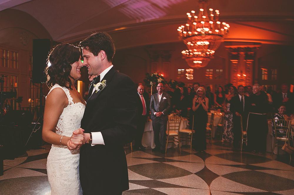 Our-Lady-of-Sorrows-President-Hotel-Kansas-City-Mo-missouri-Kc-KCMO-Jason-Domingues-Photography-wedding-photography-photographer-0029.jpg