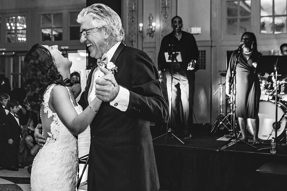 Our-Lady-of-Sorrows-President-Hotel-Kansas-City-Mo-missouri-Kc-KCMO-Jason-Domingues-Photography-wedding-photography-photographer-0031.jpg