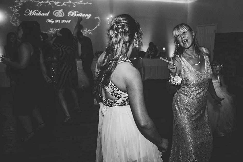 pavilion-event-space-kansas-city-wedding-photographer-jason-domingues-photography-britany-michael-blog-_0037.jpg