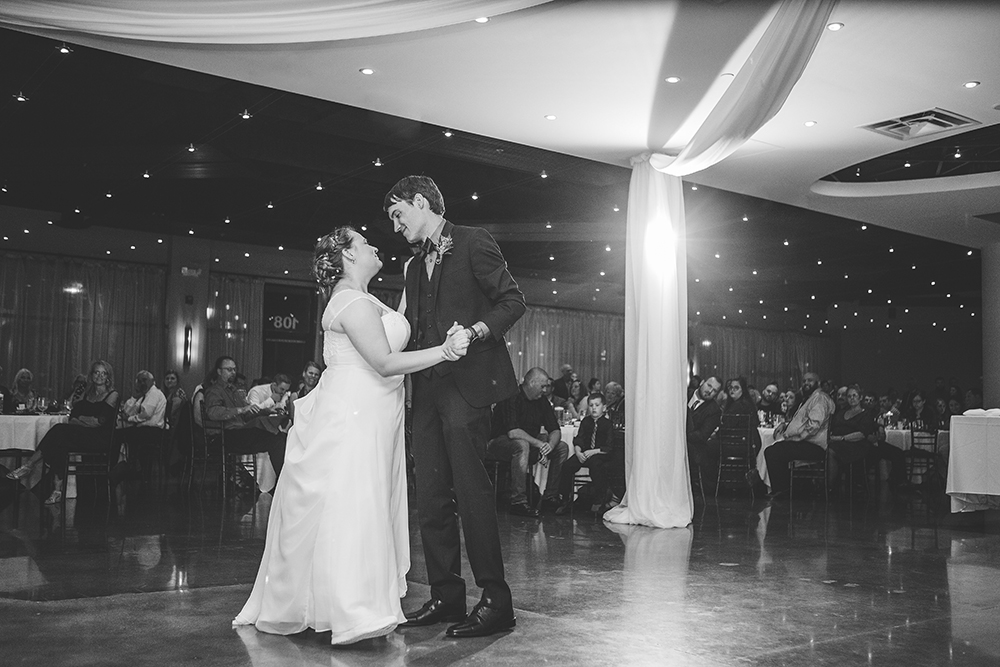 the-venue-in-leawood-kansas-city-wedding-photographer-jason-domingues-photography-jessica-david-blog-0029.jpg
