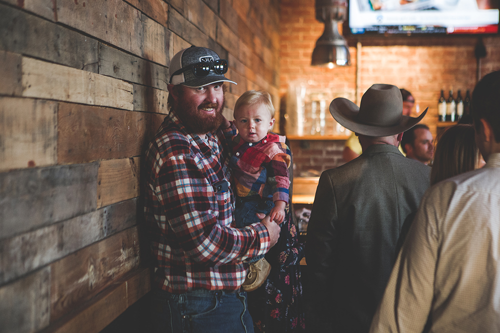 cinder-block-brewery-kansas-city-wedding-photographer-jason-domingues-photography-justyn-jeff-blog-0025.jpg