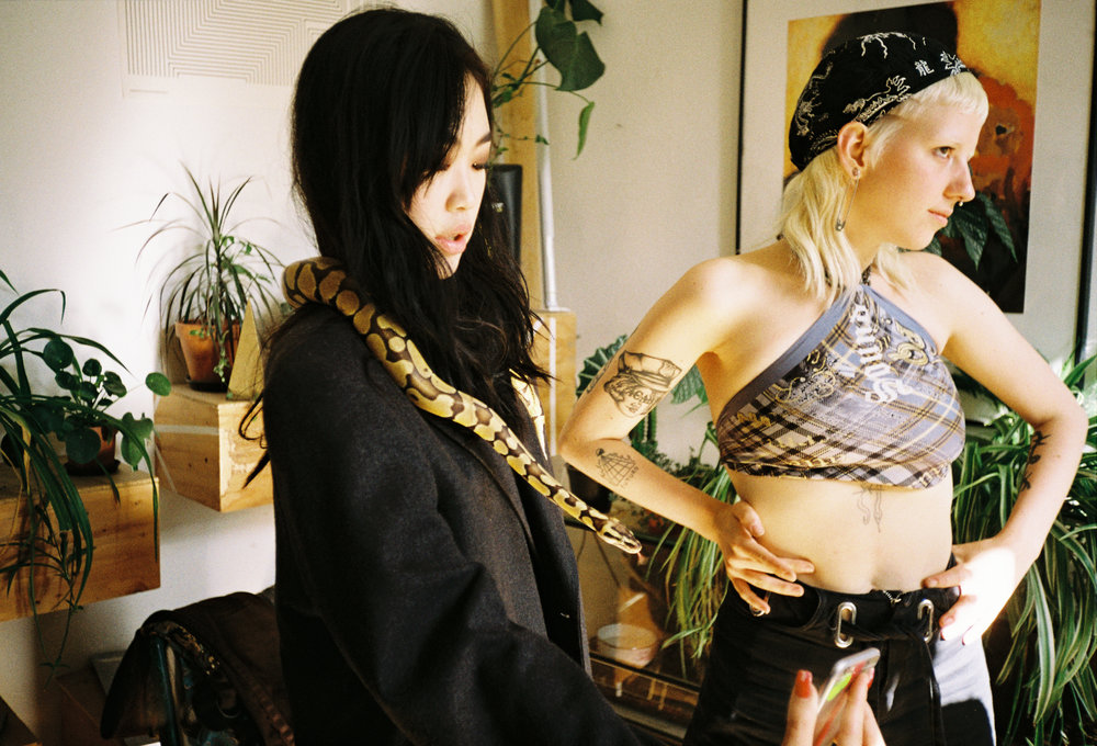 13 Hayen, Rita And The Snake.JPG