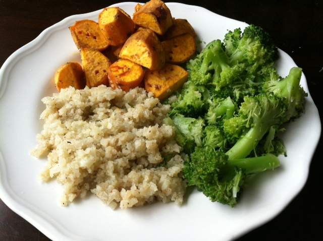 cauliflower_rice-plate2