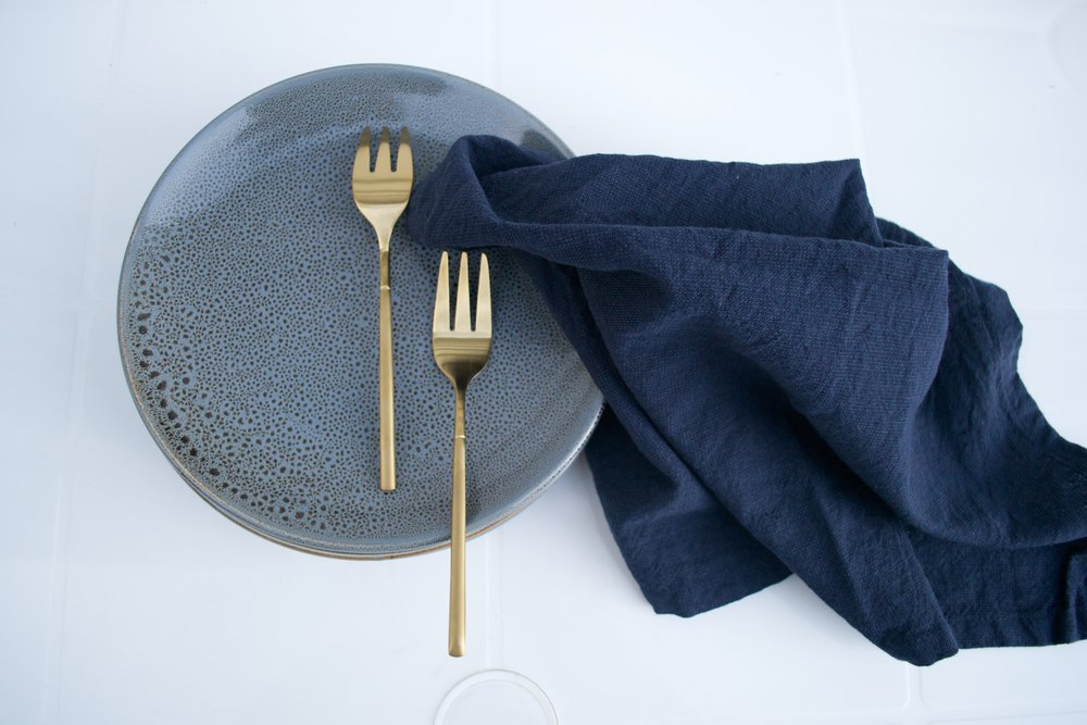 navy linen napkins x20 $1 each