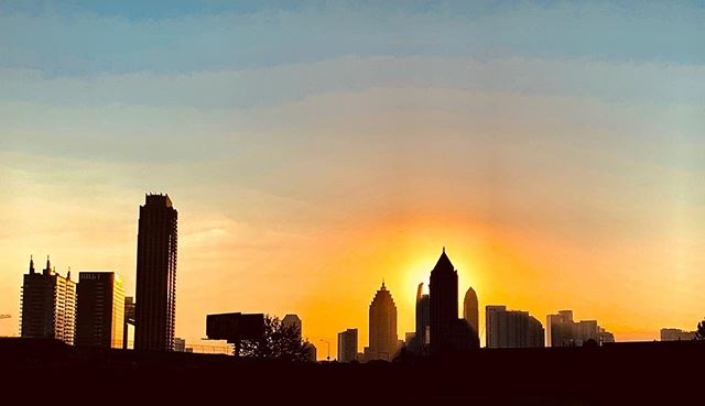 Verily, in the creation of the heavens and the earth, and in the succession of night and day, there are indeed messages for all who are endowed with insight (3:190). #1loveatl #prayworkbike #fourofour #atlsunrise #Godart #weloveatl #artlanta #goodmorningatlanta #goodmorningatl #atlanticstation #midtownatl #midtownatlanta #insight #riseup #sunrise #shorooq #duha #thankyouGod