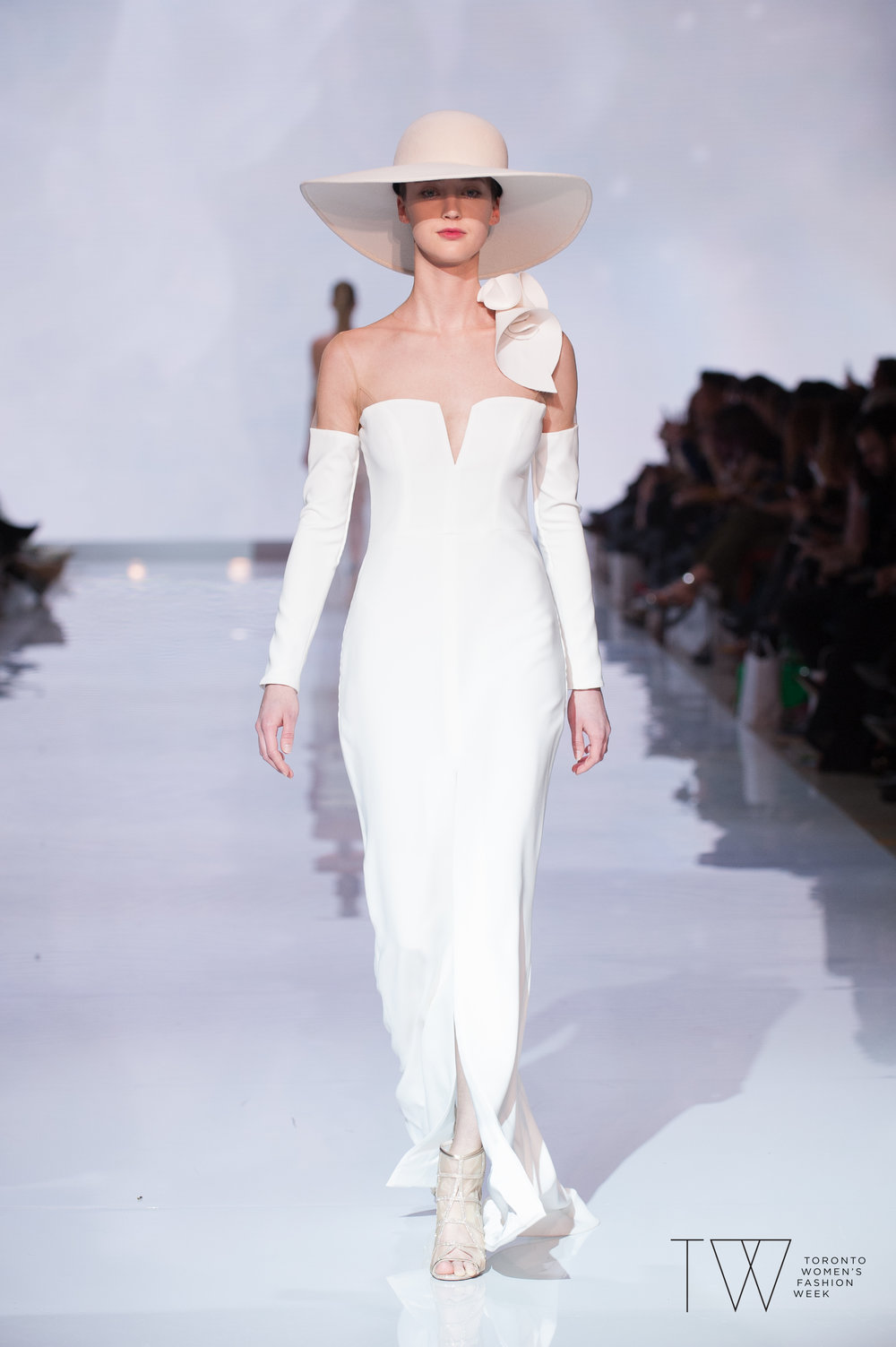 Di Carlo Coutureimage courtesy of Toronto Women's Fashion Week
