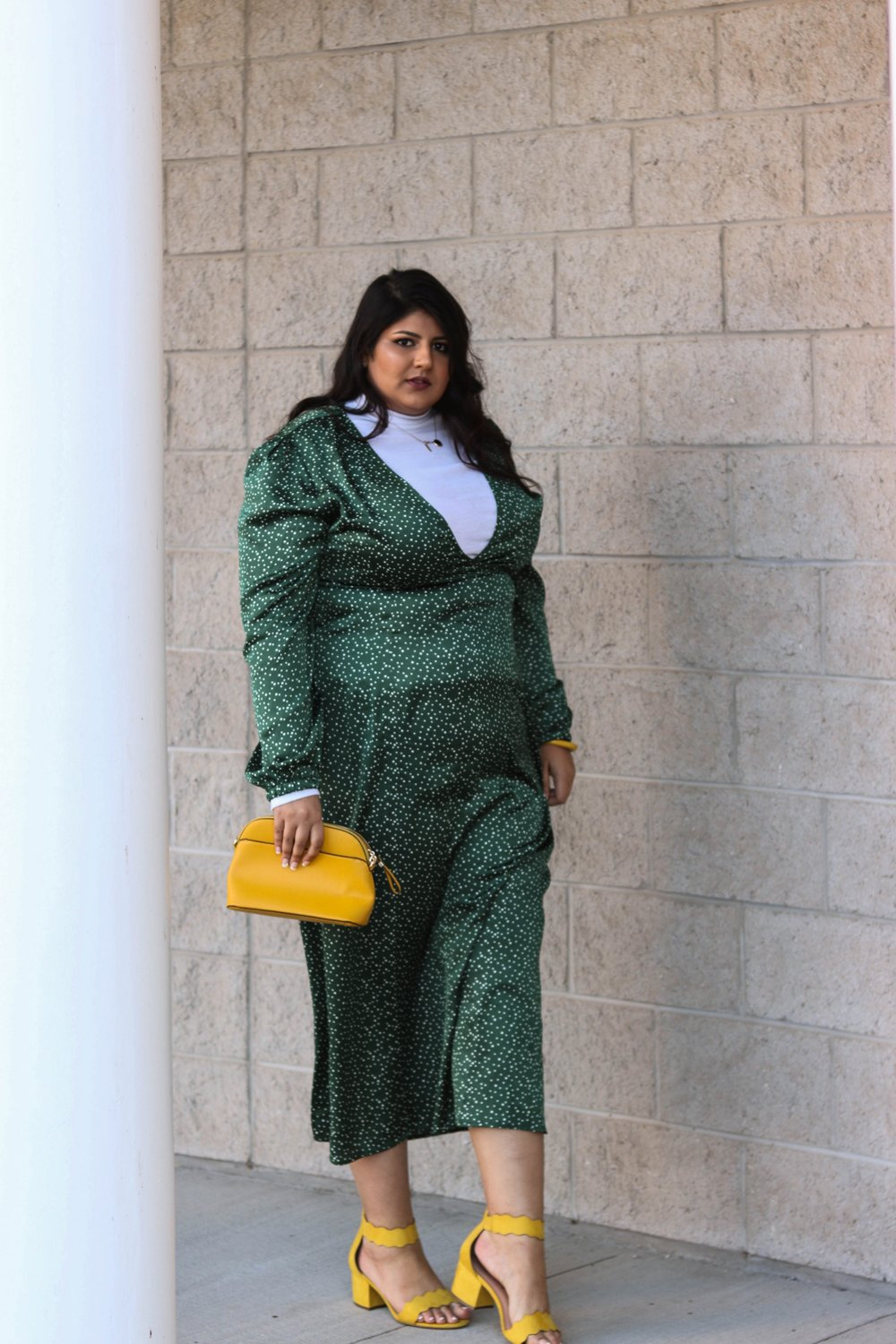 addition elle wide fit shoes plus size green dress outfit- Sara Sohail (The Prep Gal)