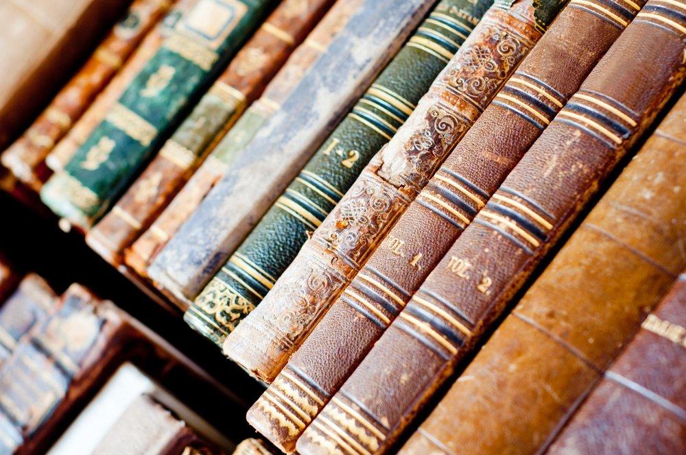 Libros antiguos 3.jpg