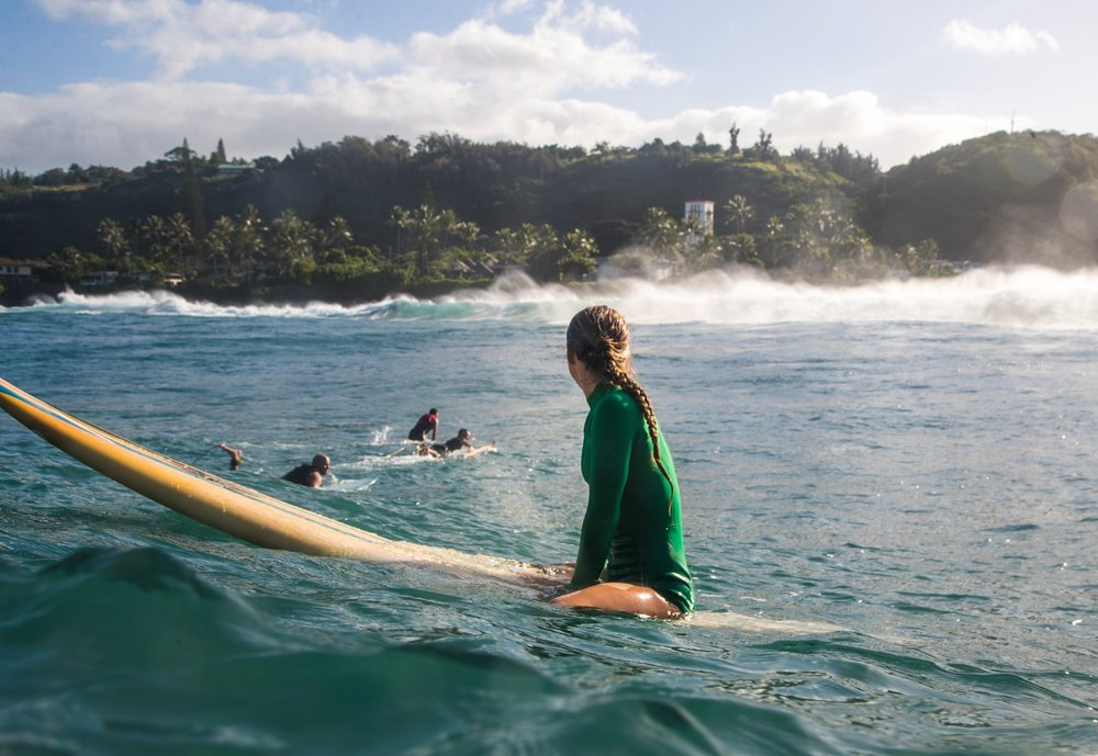 emmy+erickson+waimea+bay+surf+photo