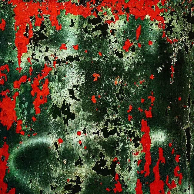 @rottenart  Dusted Blood Fringe 2018  #art #found #trash #surfaces #texture #artistsoninstagram #contemporaryart #color #pattern #streetart #badart #rottenart