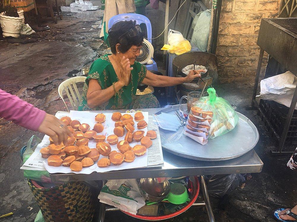Vietnamese muffins
