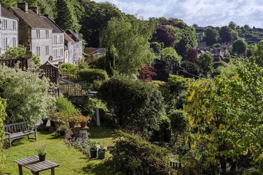 Gorgeous gardens 06.jpg