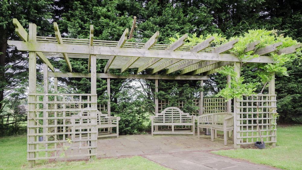 Gorgeous gardens 24.jpg