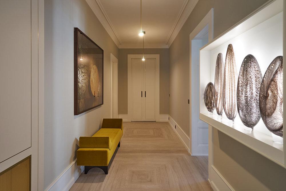 24 ilovecoloursstudio_Hallway2-1.jpg