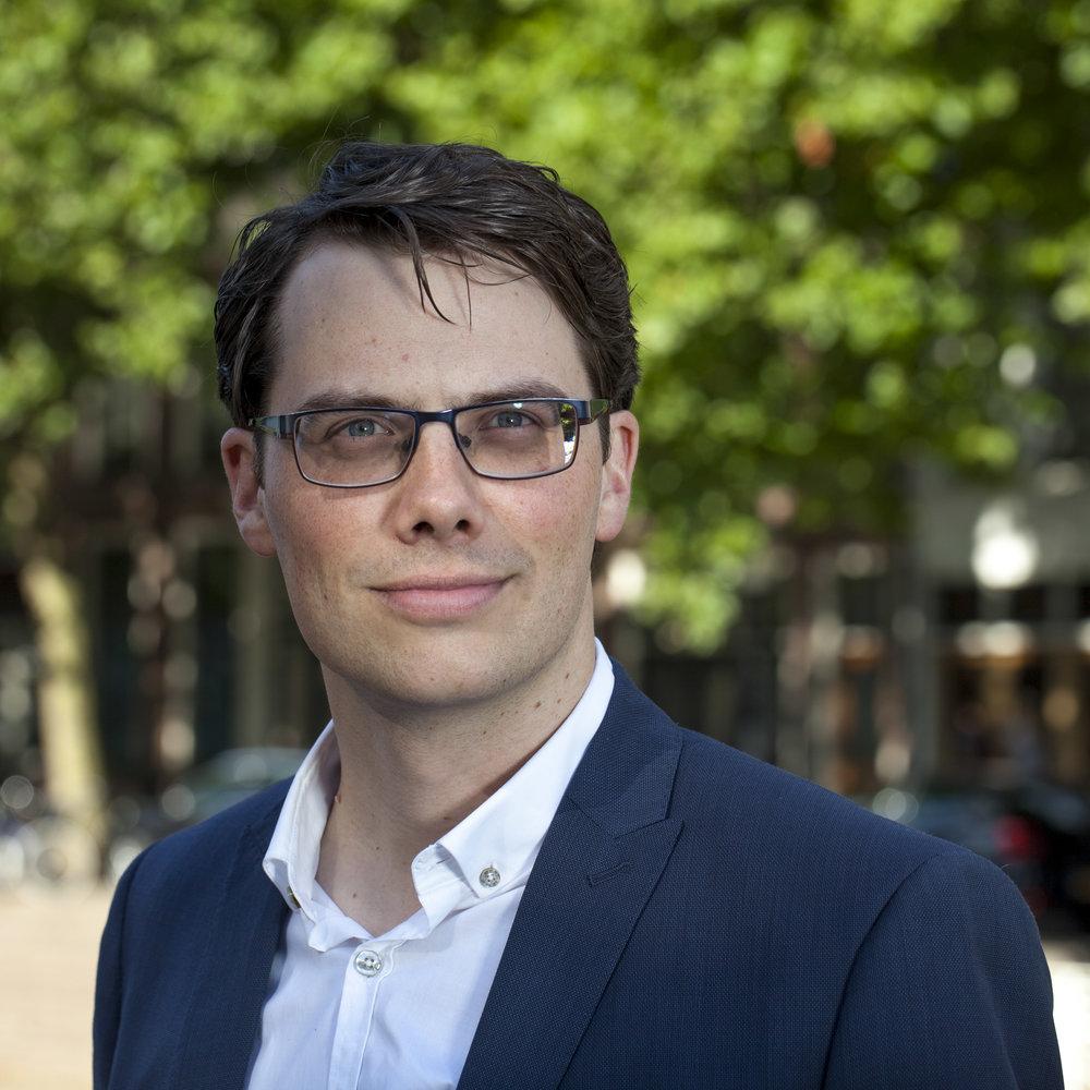 Tom Oostvogels - Adviseur