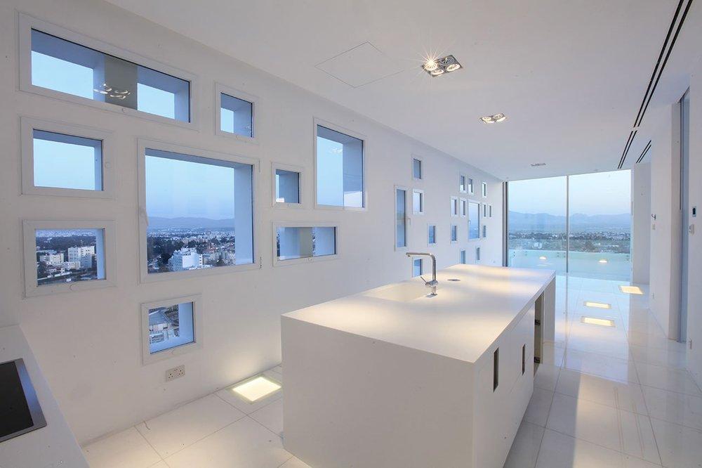 the-white-walls-5.jpg
