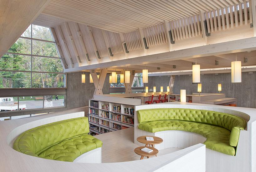 via designboom.com | Photos © Felipe Diaz Contardo