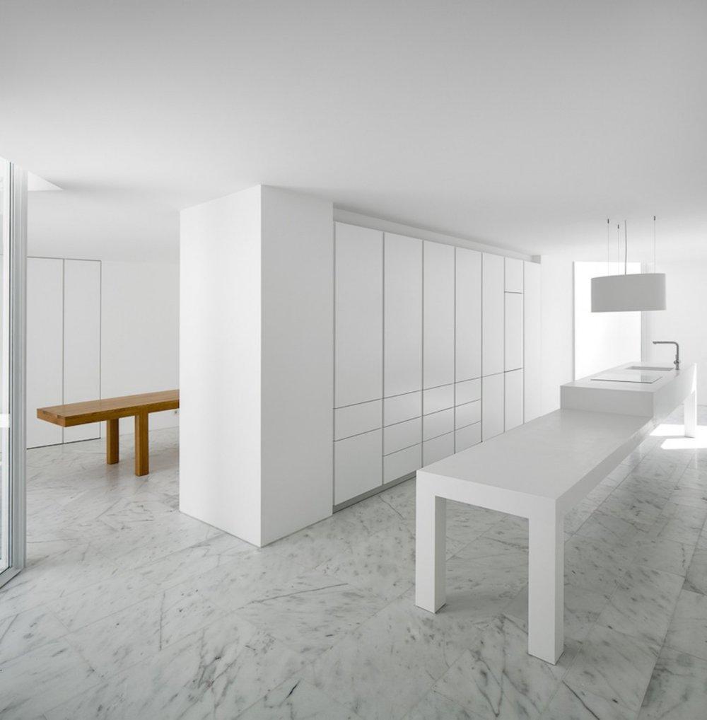 House-in-Alcobaca-4.jpg