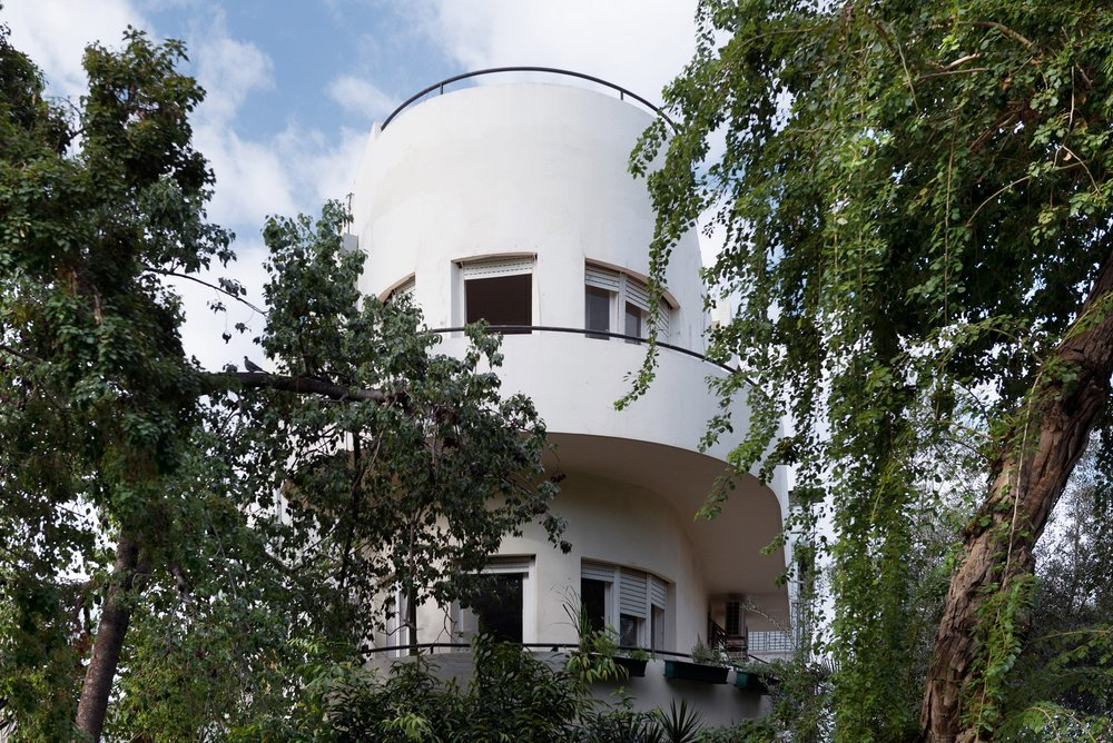 bauhaus-apartment-1.jpg