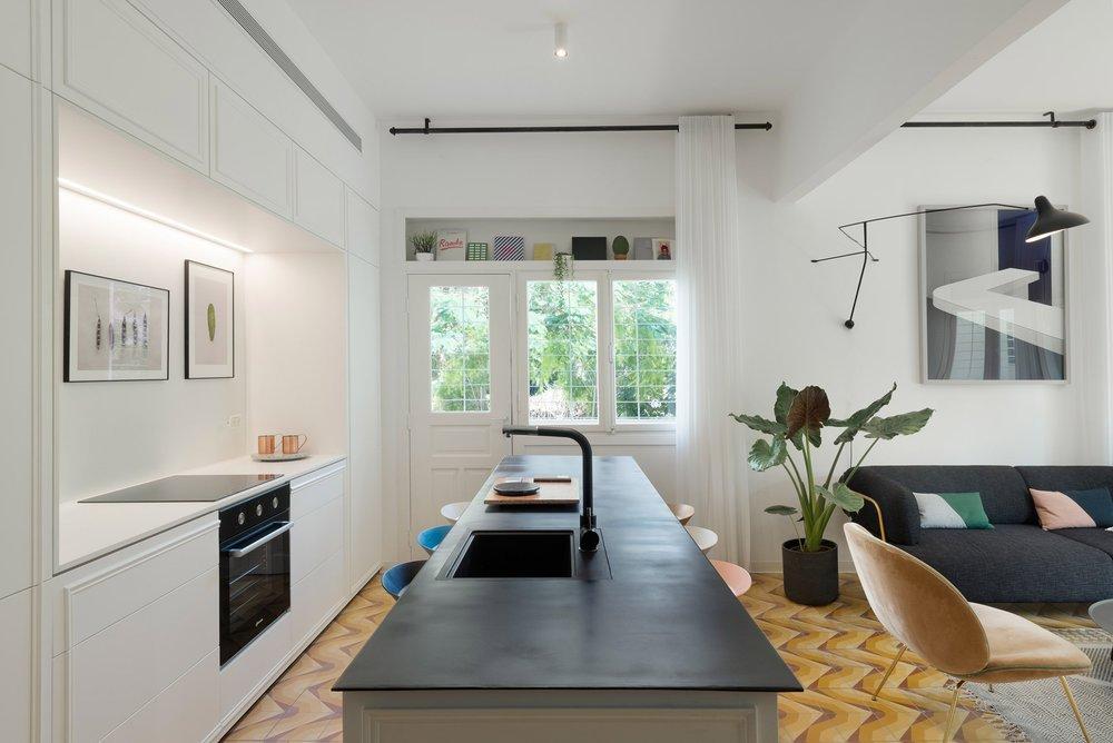 bauhaus-apartment-2.jpg
