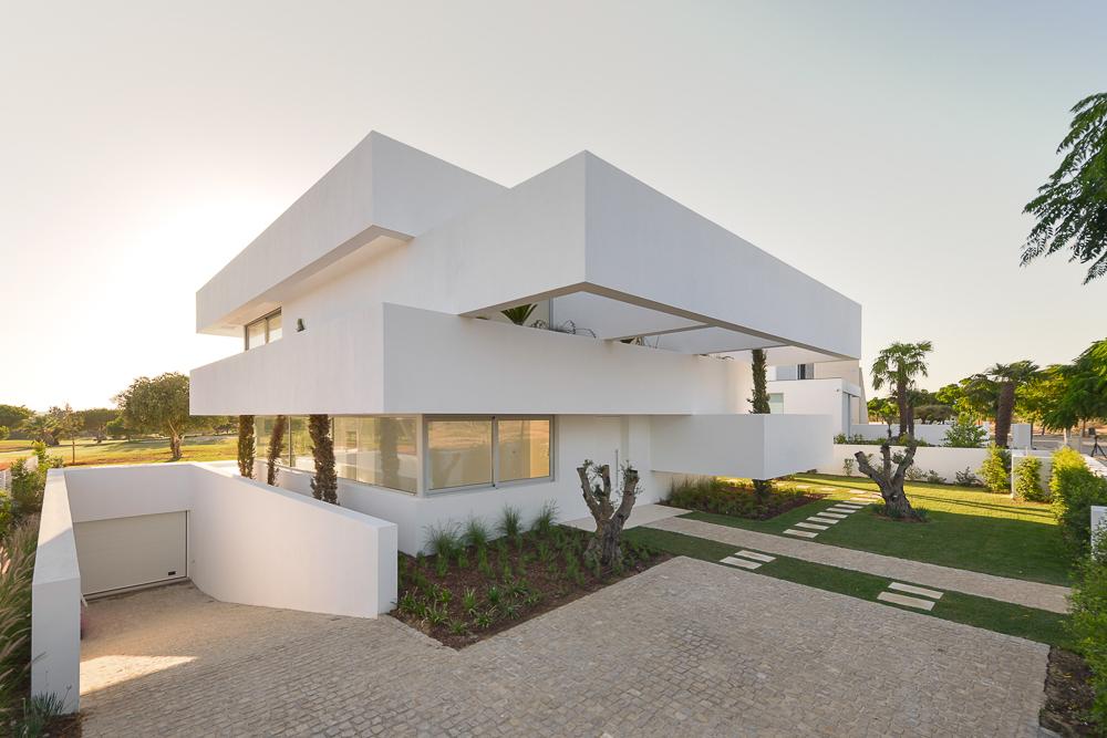 Five-Terraces-and-a-Garden-3.jpg