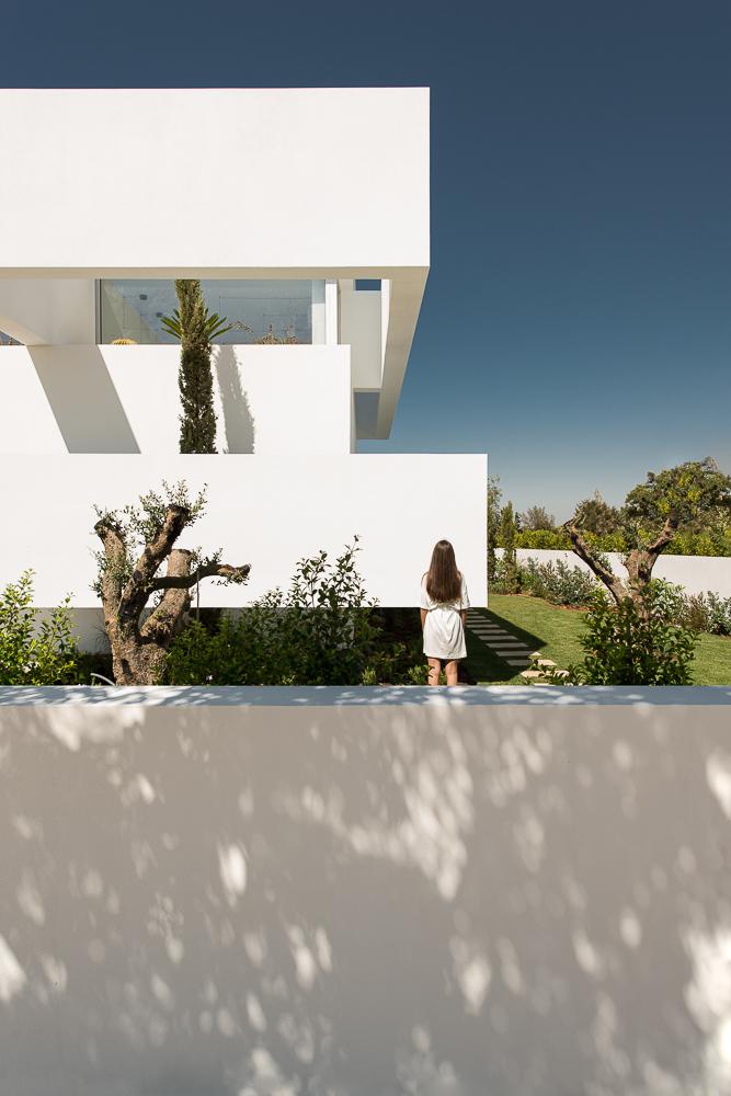Five-Terraces-and-a-Garden-4.jpg