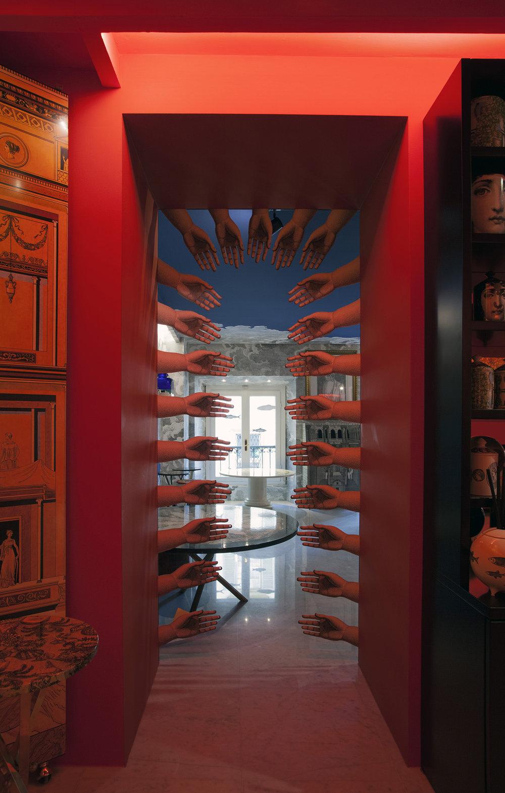 Fornasetti-store-10.jpg