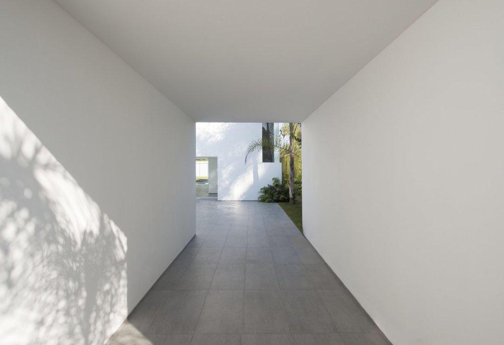 House-La-Encantada-III-3.jpg