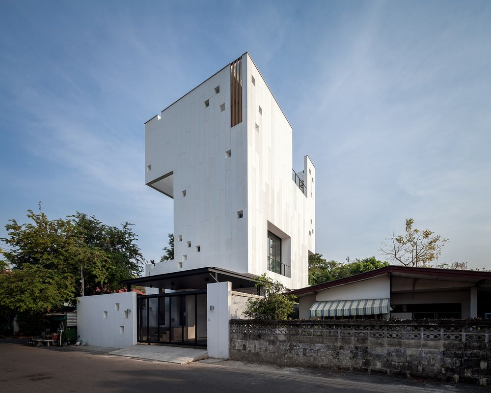 Aperture-House-1.jpeg