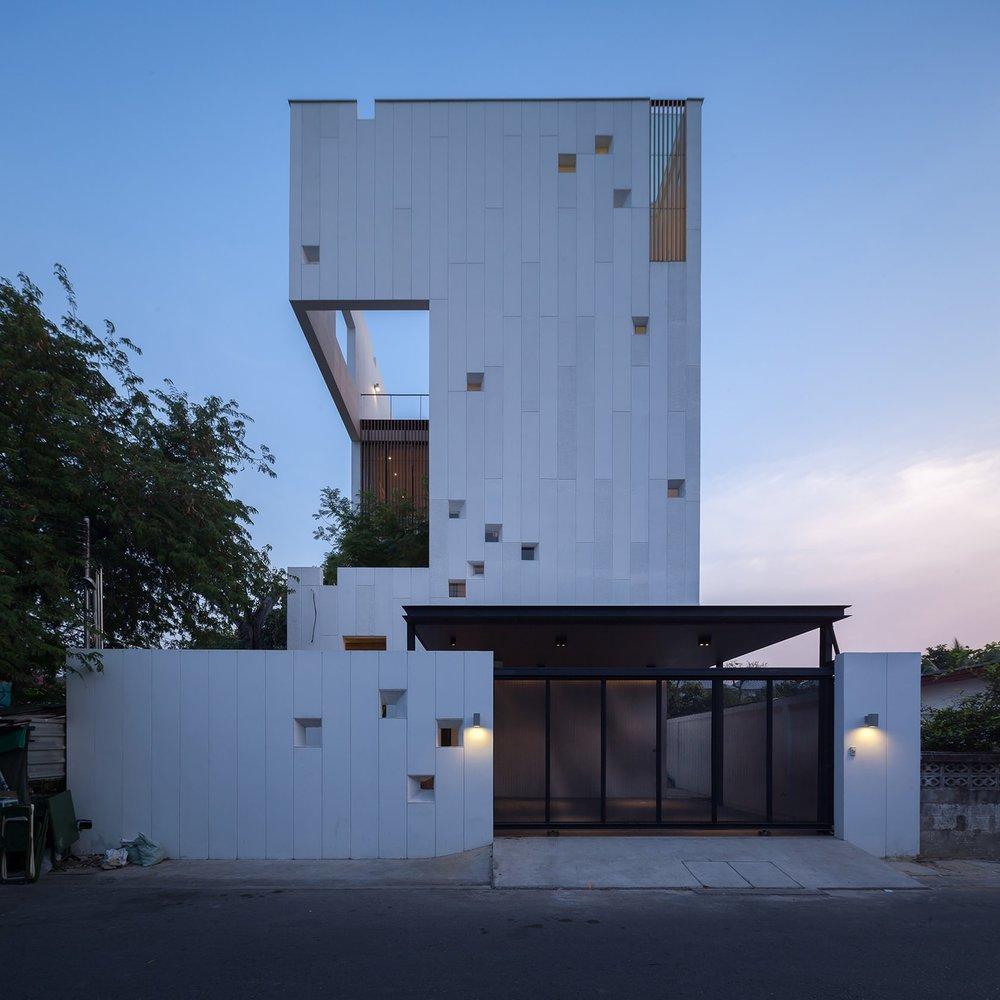 Aperture-House-13.jpeg