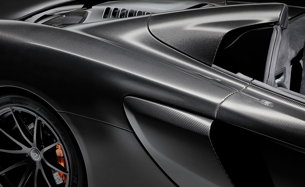Like in all McLaren's, carbon fibre plays an integral part in the limited version of the 675LT