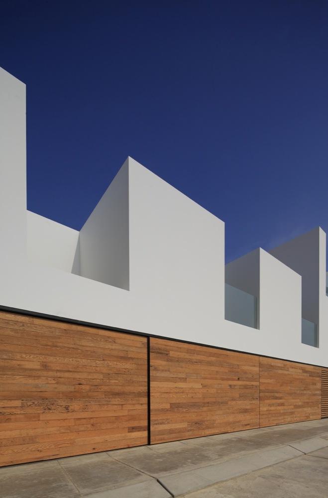Paracas-House-3.jpeg