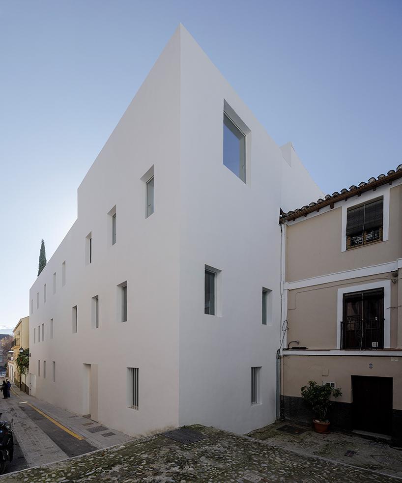 8-experimental-apartments-1.jpg