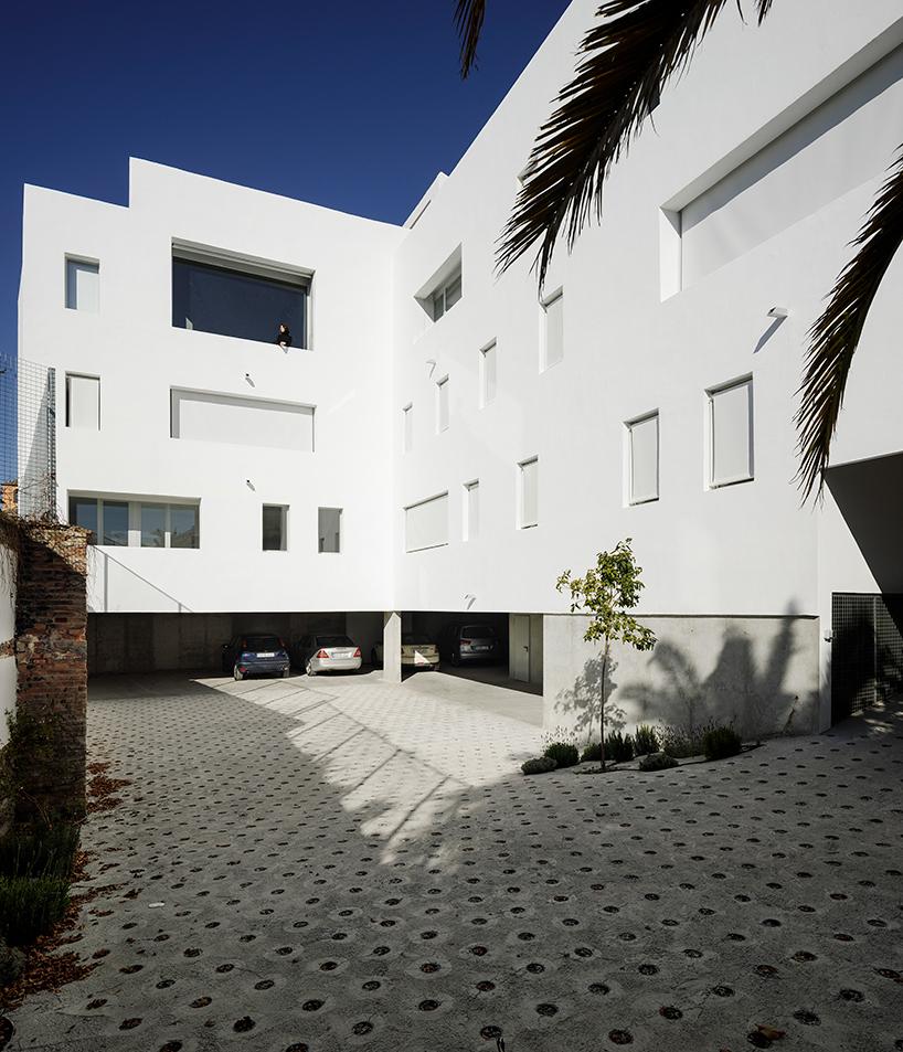 8-experimental-apartments-3.jpg
