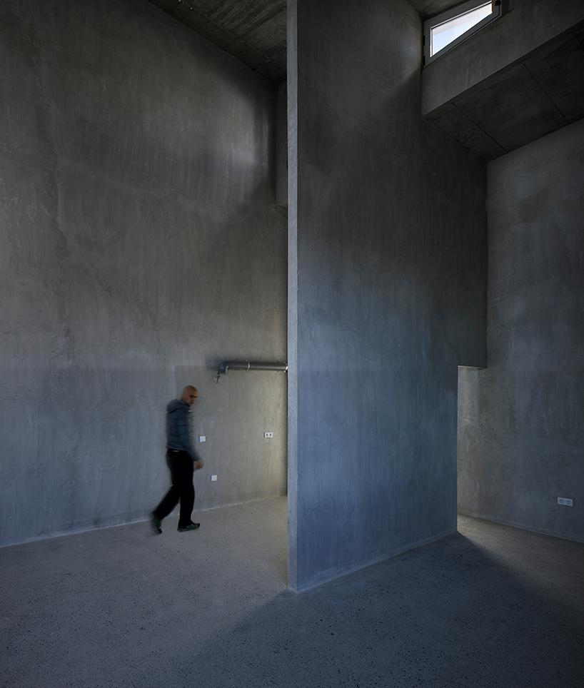 8-experimental-apartments-11.jpg