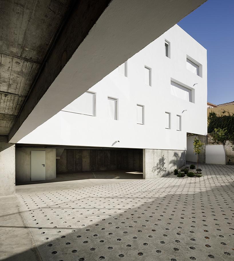 8-experimental-apartments-4.jpg