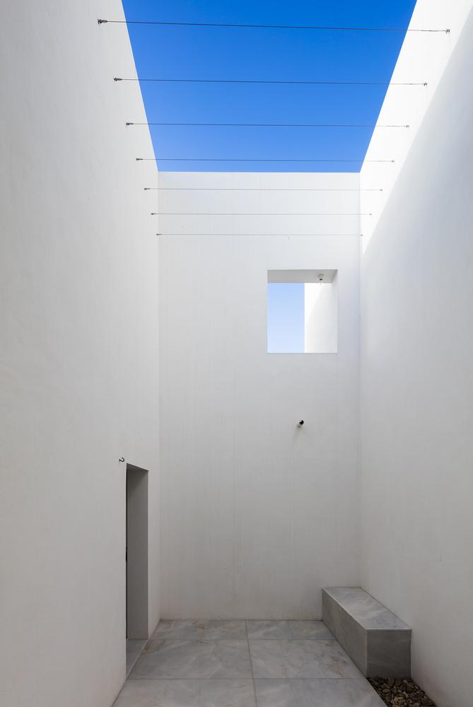 House-in-Alfama-2.jpeg