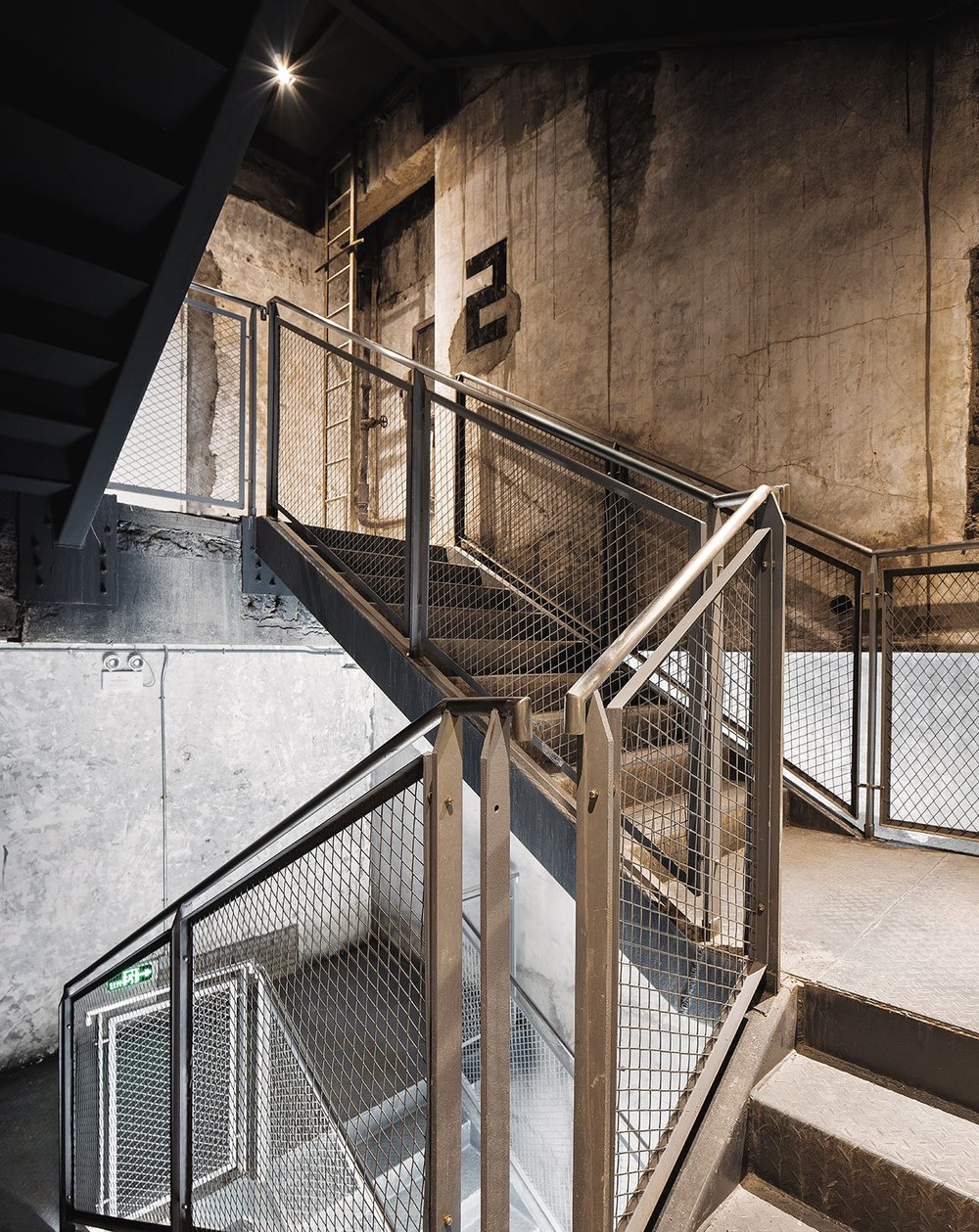 FlaHalo-Office-Manufactory-2.jpeg